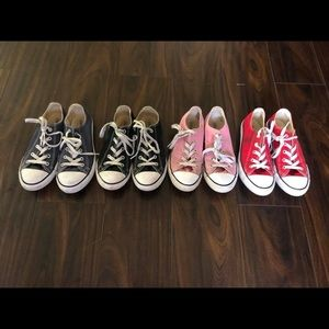 MAKE AN OFFER‼️4 pairs of Converse. Size 3.